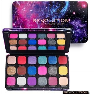 Makeup Revolution Forever Flawless Constellation